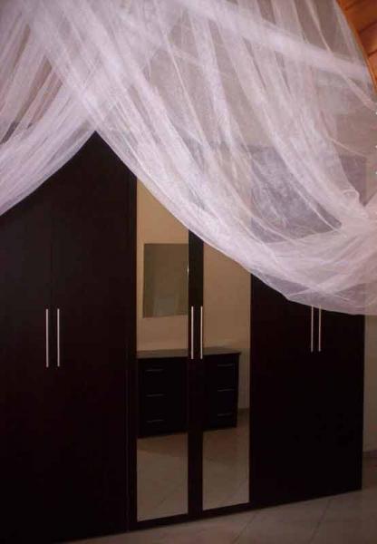 camera letto matrimoniale nera 01