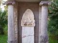 calimera-stele-450x600