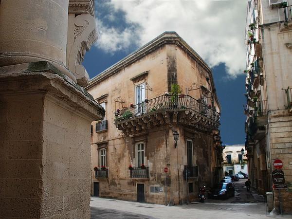 Lecce Palazzo Rossi