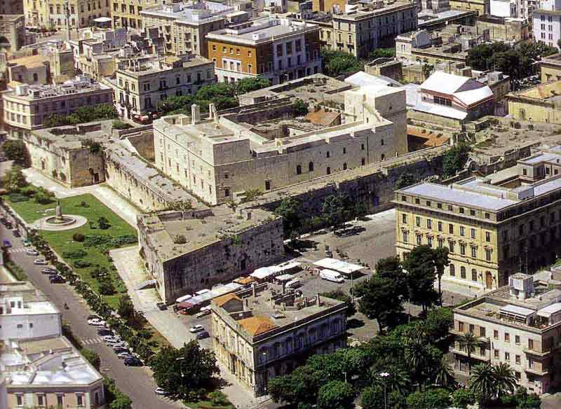 Lecce castello carlo V veduta aerea