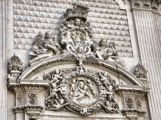 Lecce particolare chiesa madonna del carmine