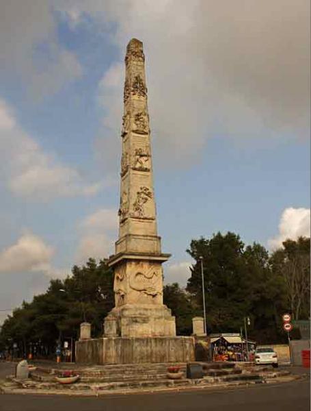 lecce-obelisco