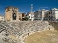 lecce-anfiteatro-romano-con-sant-oronzo