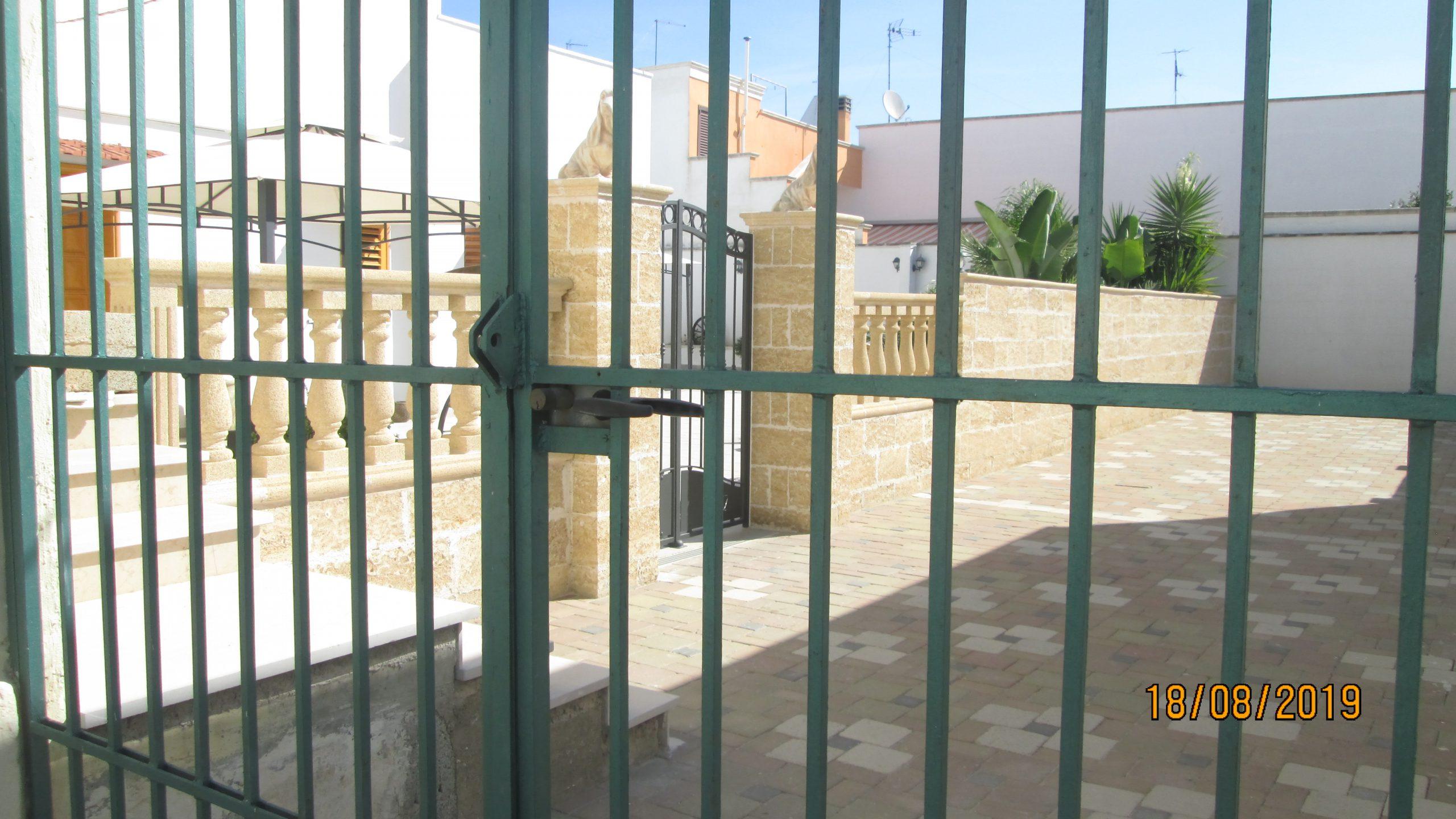 Entrata doppio cancello
